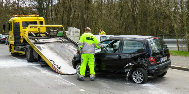 Comprare macchina incidentata portata via da un carro attrezzi