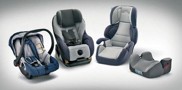 viaggiare sicuri in auto con bambini