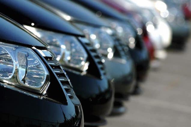 Conviene comprare un'auto aziendale?
