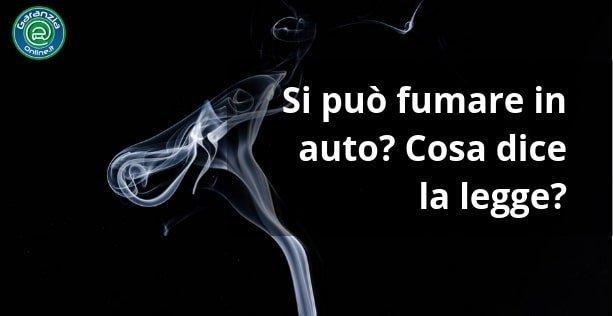 Fumare in auto