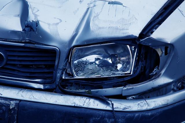 cosa fare con assicurazione dopo incidente