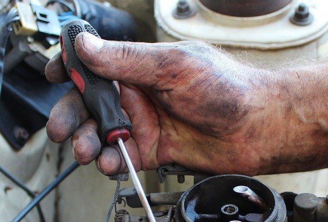 manutenzione dell'auto nuova in garanzia