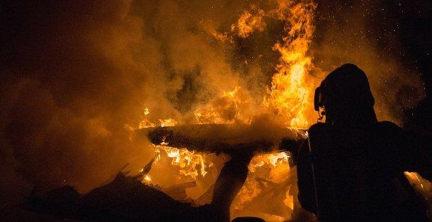 Estintore per auto: sceglierlo in base alla classe di incendio